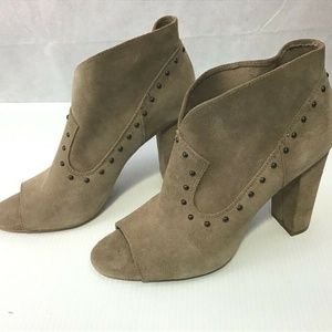 Vince Camuto  Corianne Fashion Mid-Top Suede Boot